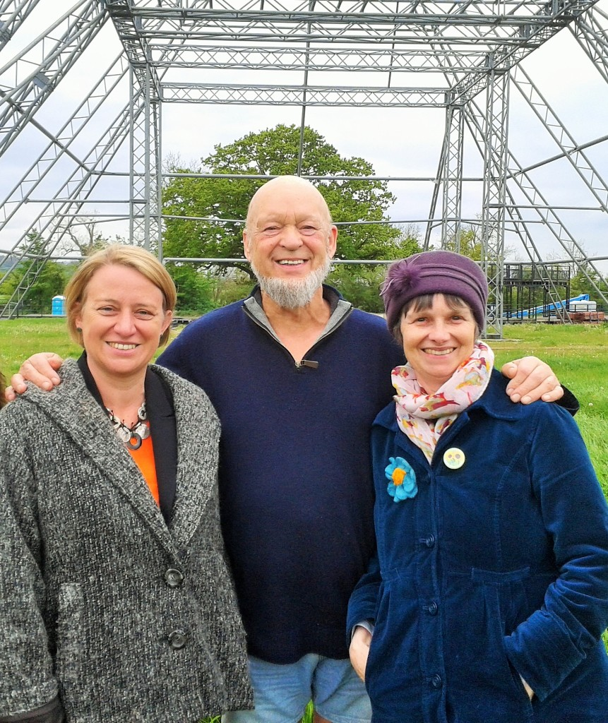 Molly Scott Cato MEP and Green Party leader Nalaie Bennett with founder of Glastonbury Festival, Michael Eavis